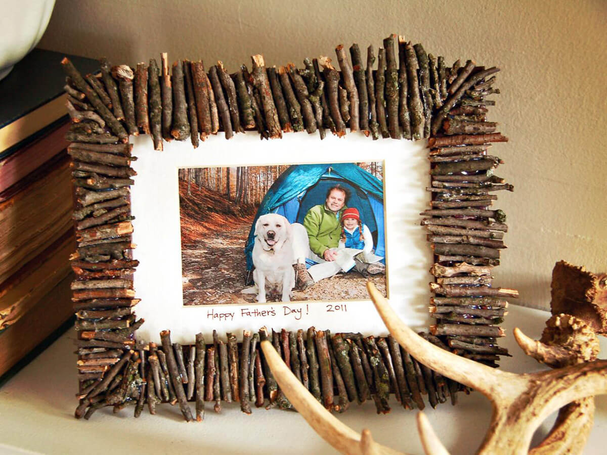 Attractive Homemade Tiny Twig Frame