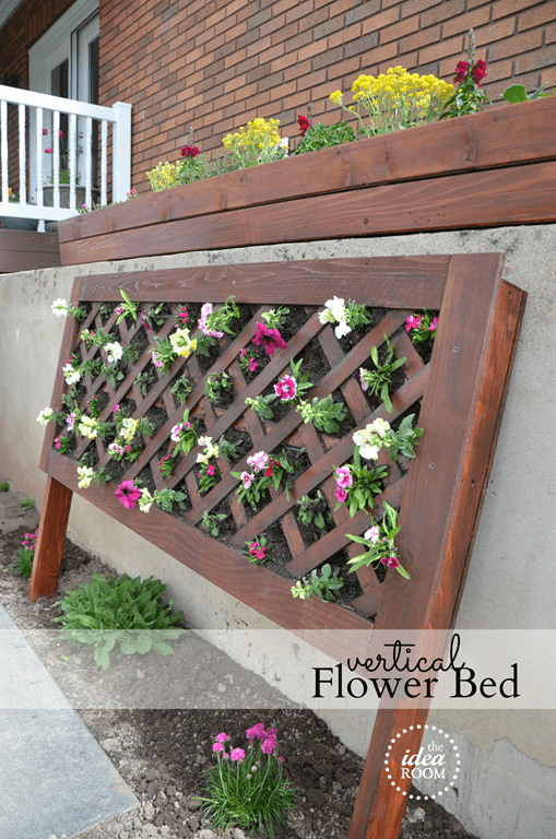 Wood Trellis Vertical Flower Bed