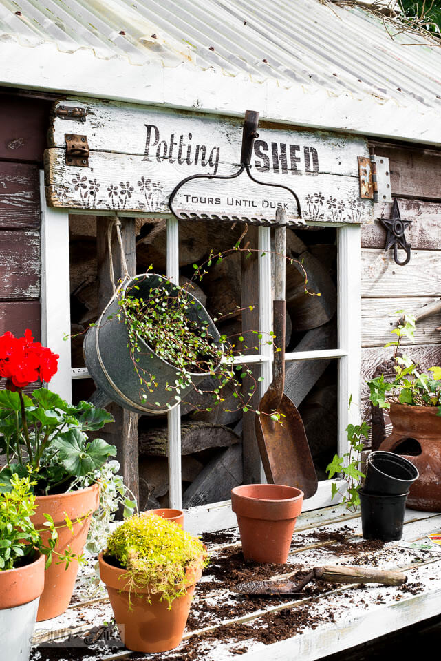 28 best diy pallet signs ideas and designs for 2018 diy potting shed garden sign solutioingenieria Choice Image