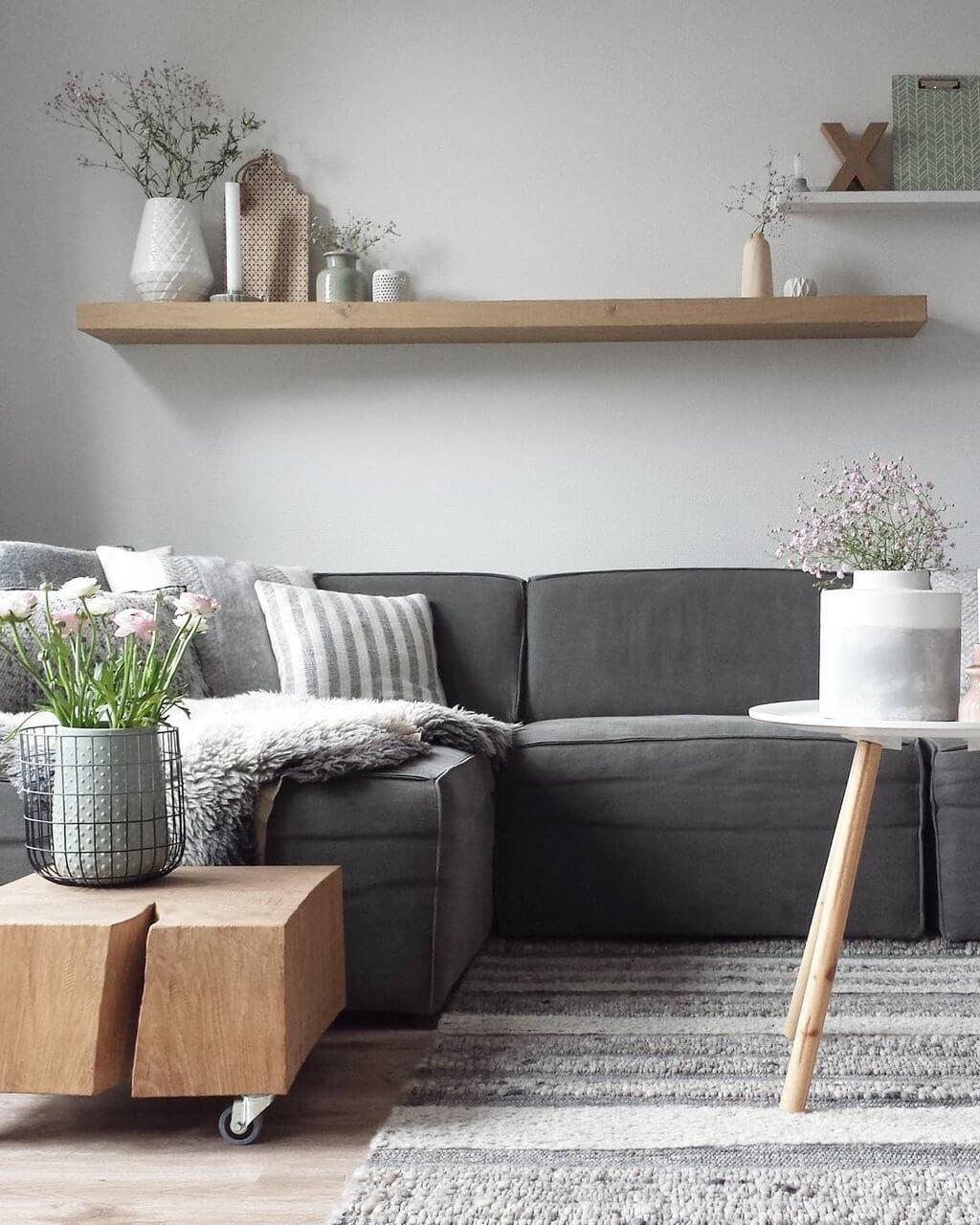 30 best decoration ideas above the sofa for 2019 for Arredamento nordico on line
