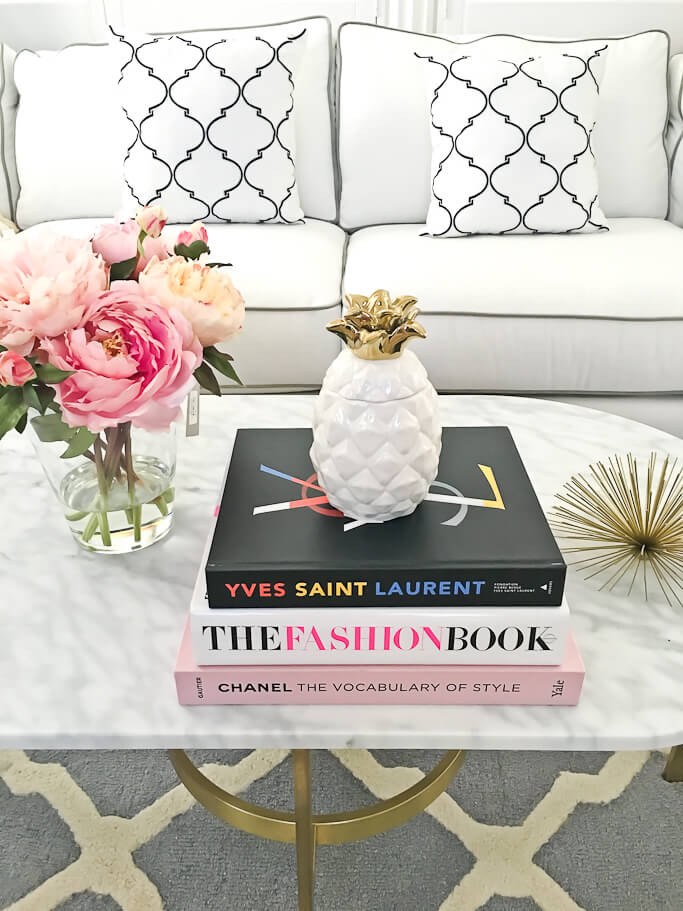 Fashion-friendly Marble-topped Coffee Table with Touches of Gold