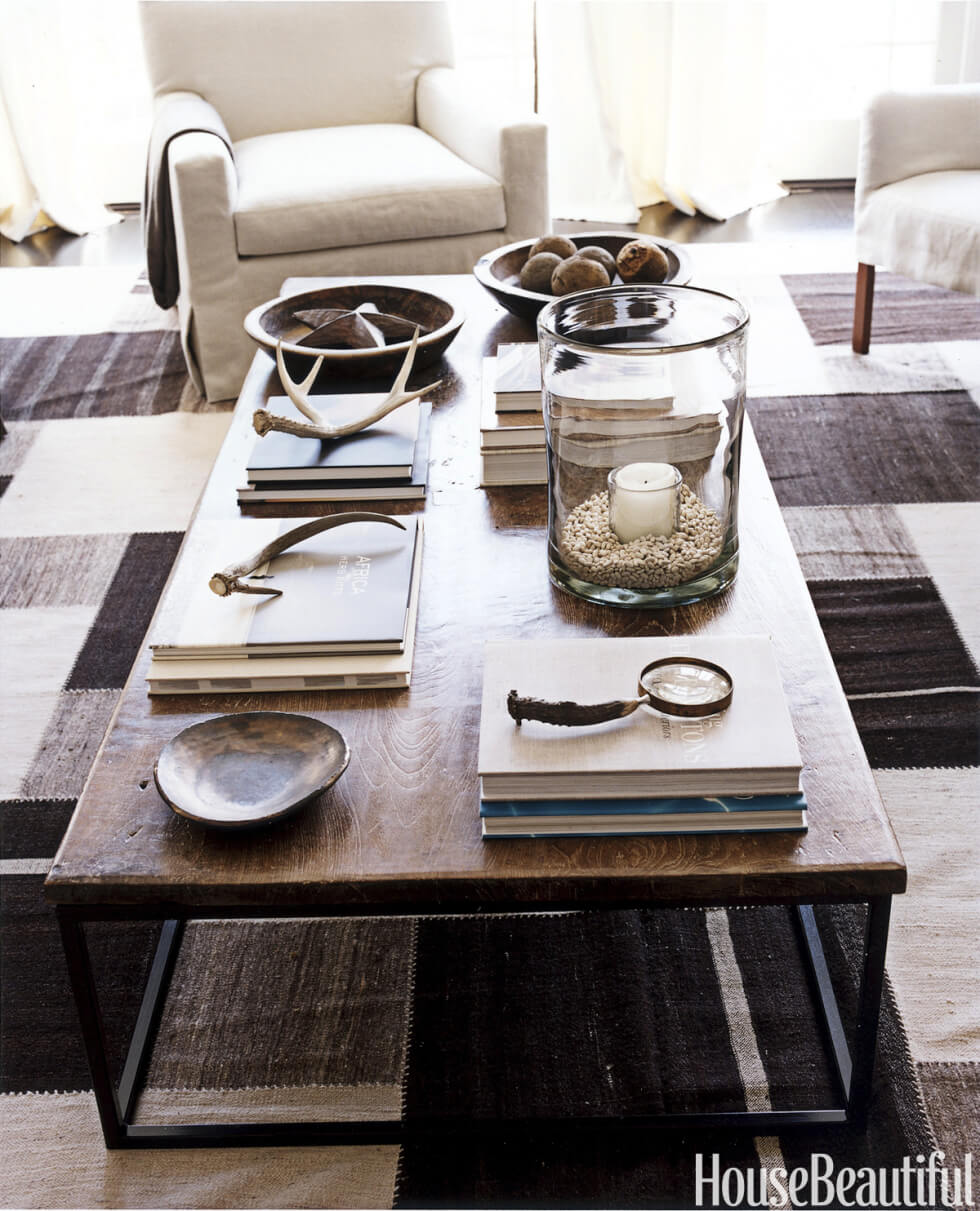 Updated Cabin-style Antler Accents with a Dark Wood Table