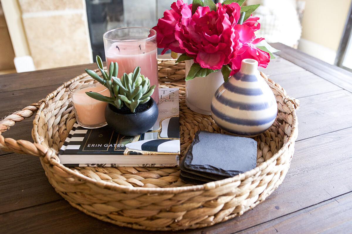 Decorate with Style: 16 Chic Coffee Table Decor Ideas