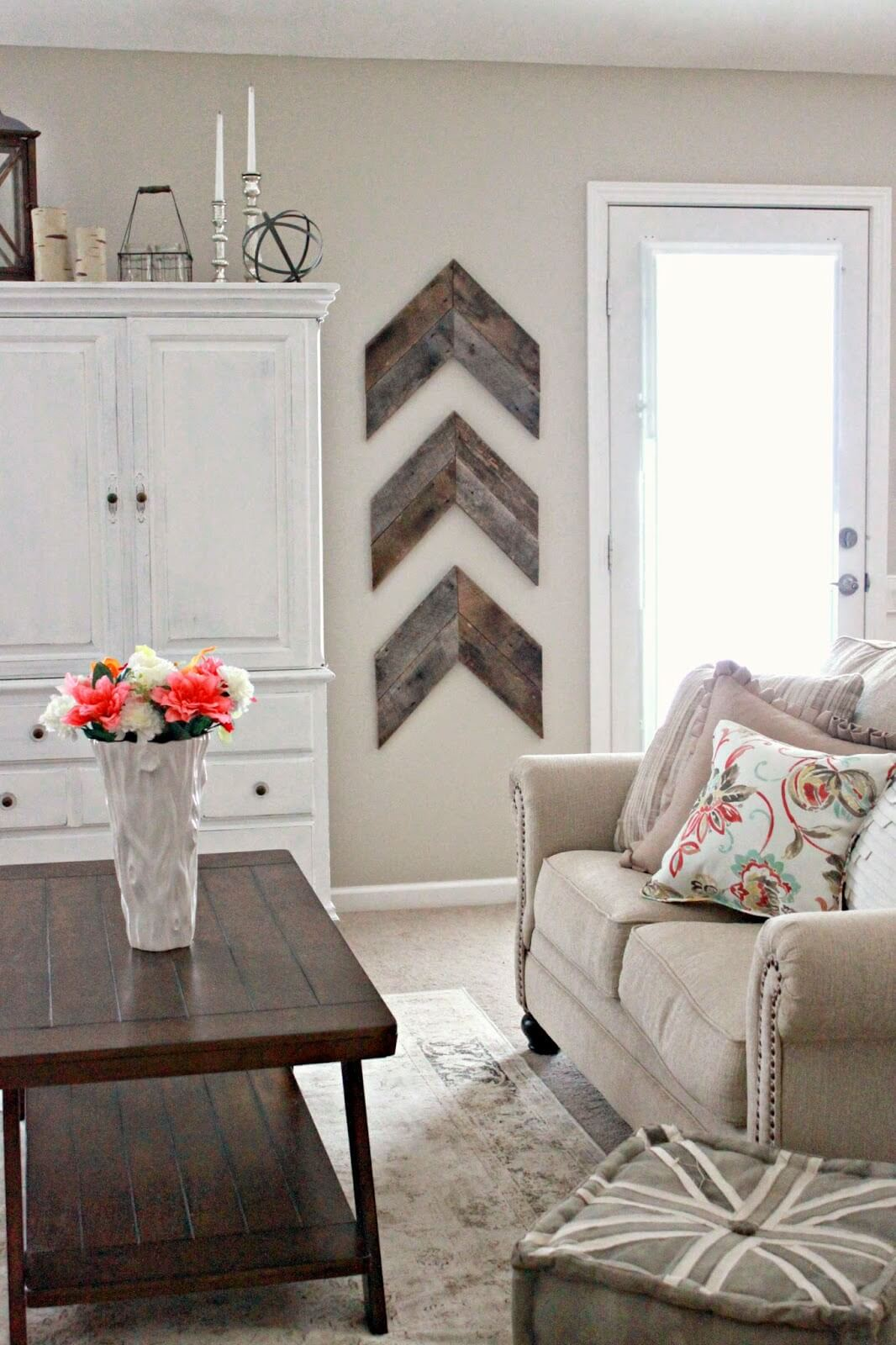 4. Barnwood Chevron Accent Wall Decor