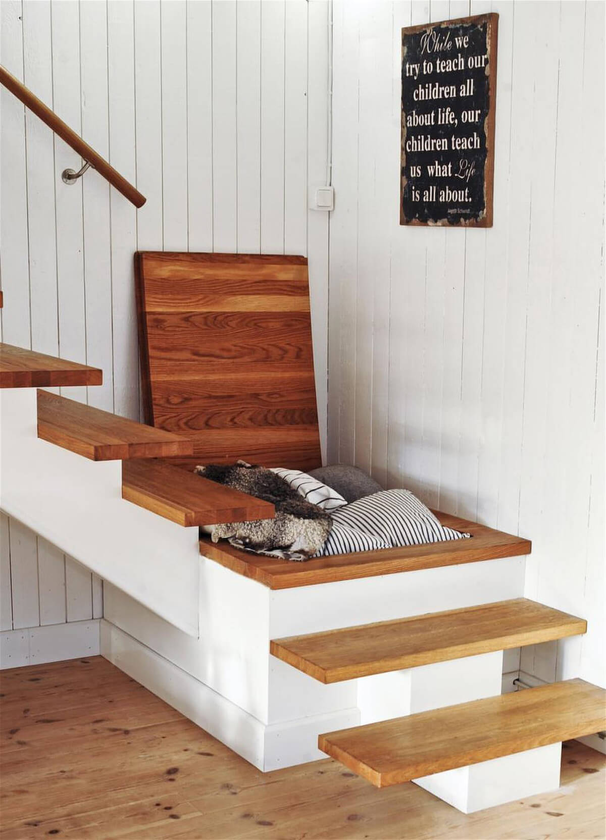 Hidden Linen Storage in Stairway Landing