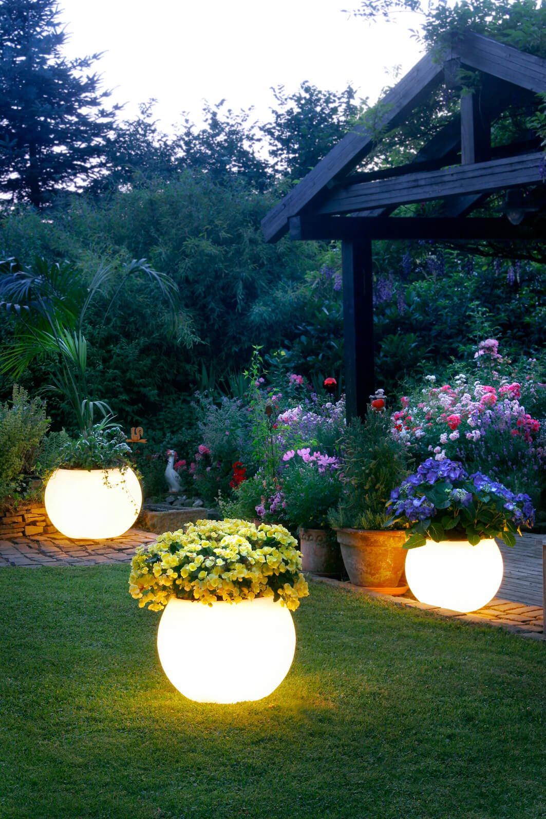 Amazing Magical Glowing Flower Garden Planters