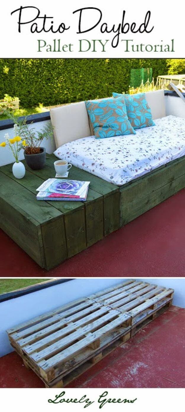 Soft and Comfortable Patio Pallet Daybed