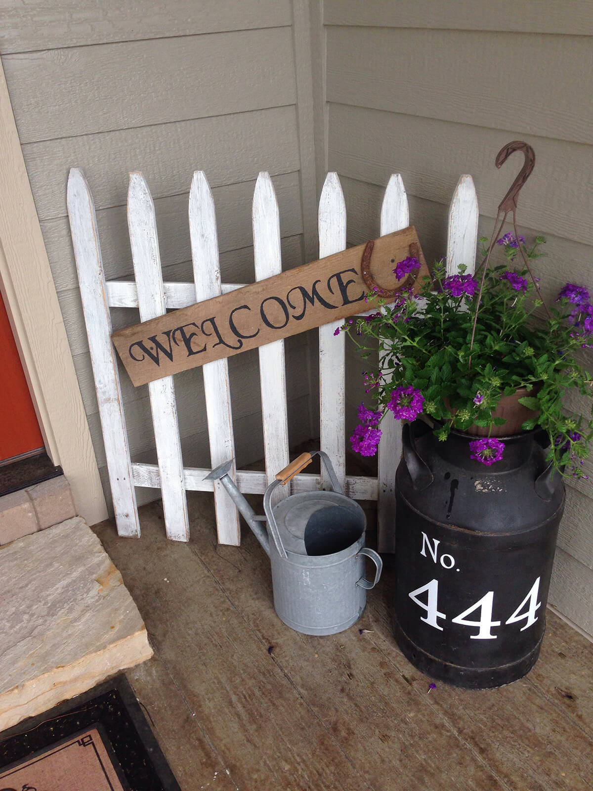 White Picket Fence Porch Sign