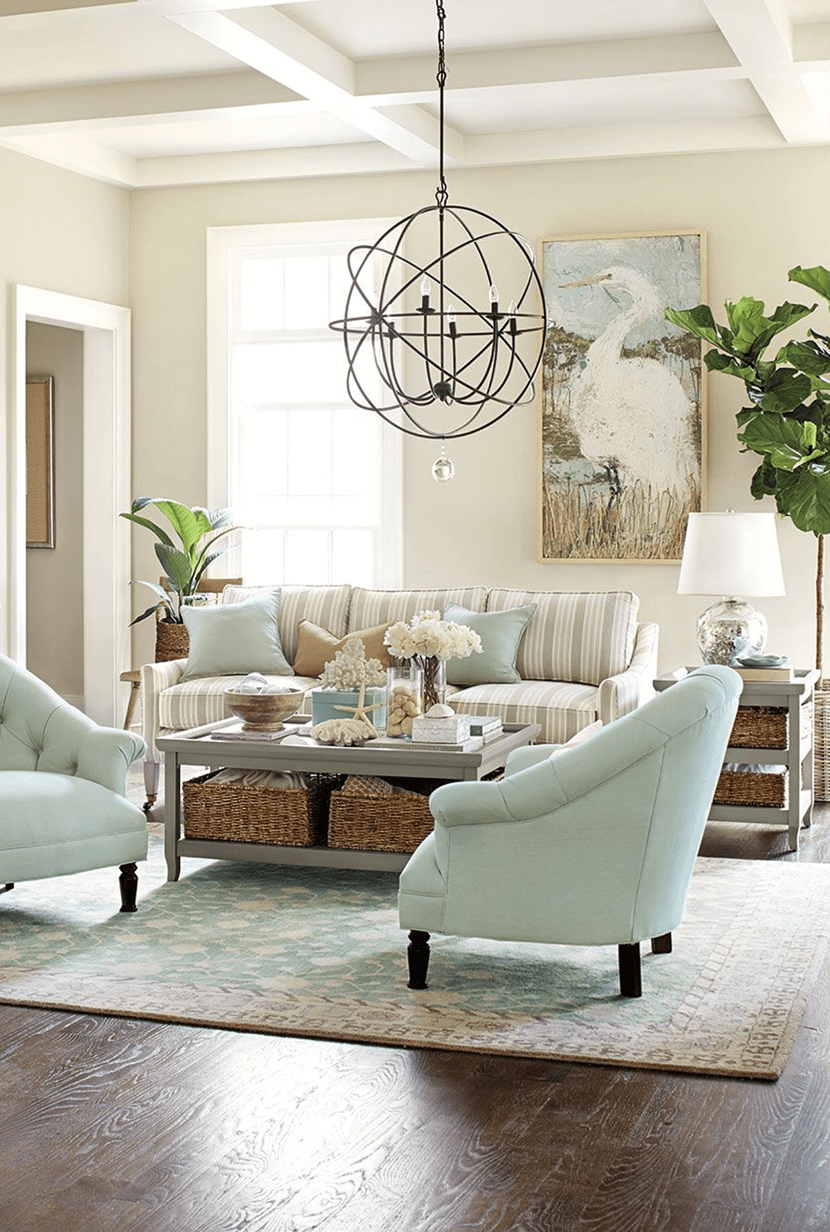 Sand Seashells and Soft Beach-Themed Undertones : coastal themed decorating ideas - www.pureclipart.com