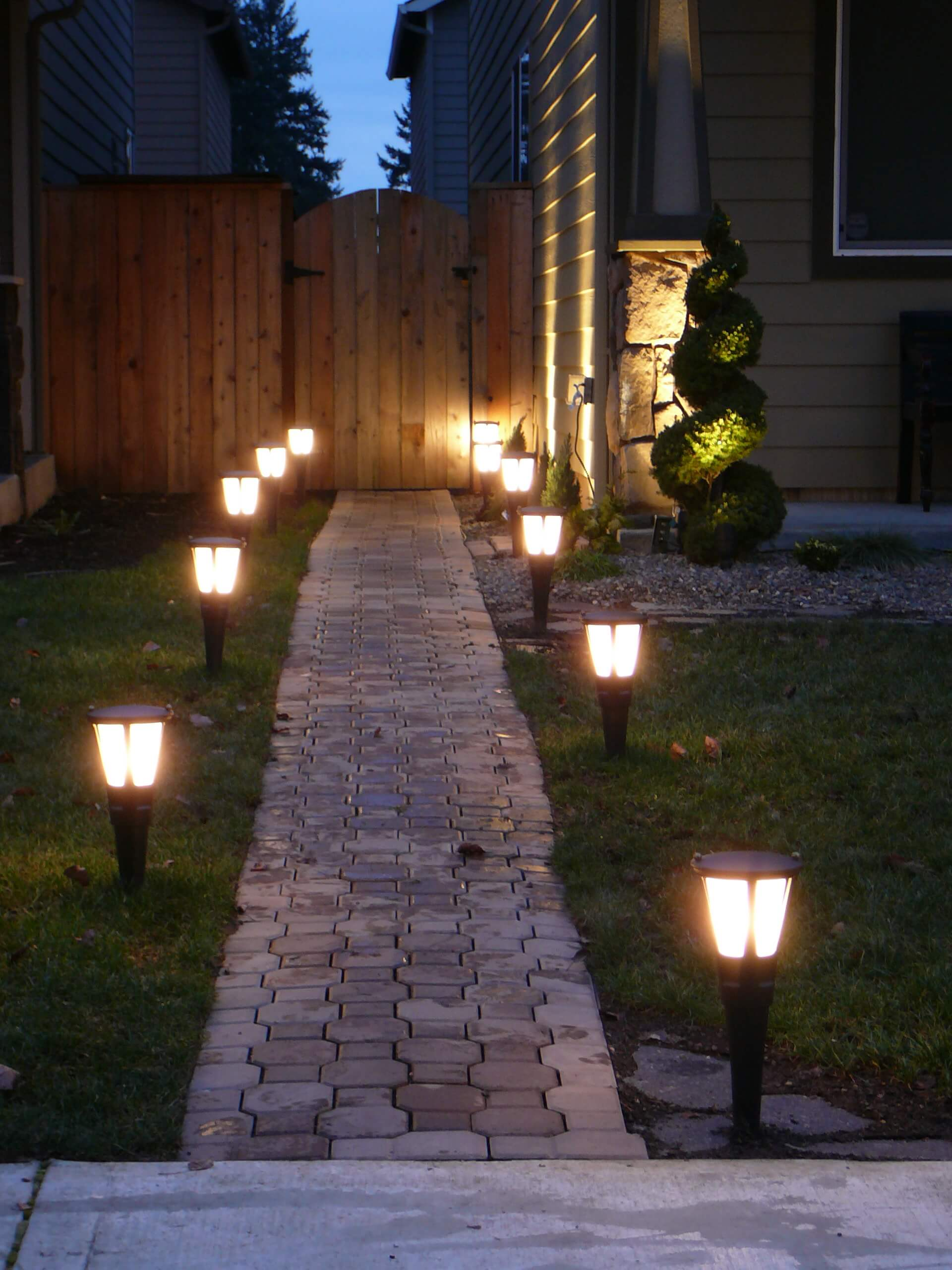 Simple Solar Brick Pathway Lights