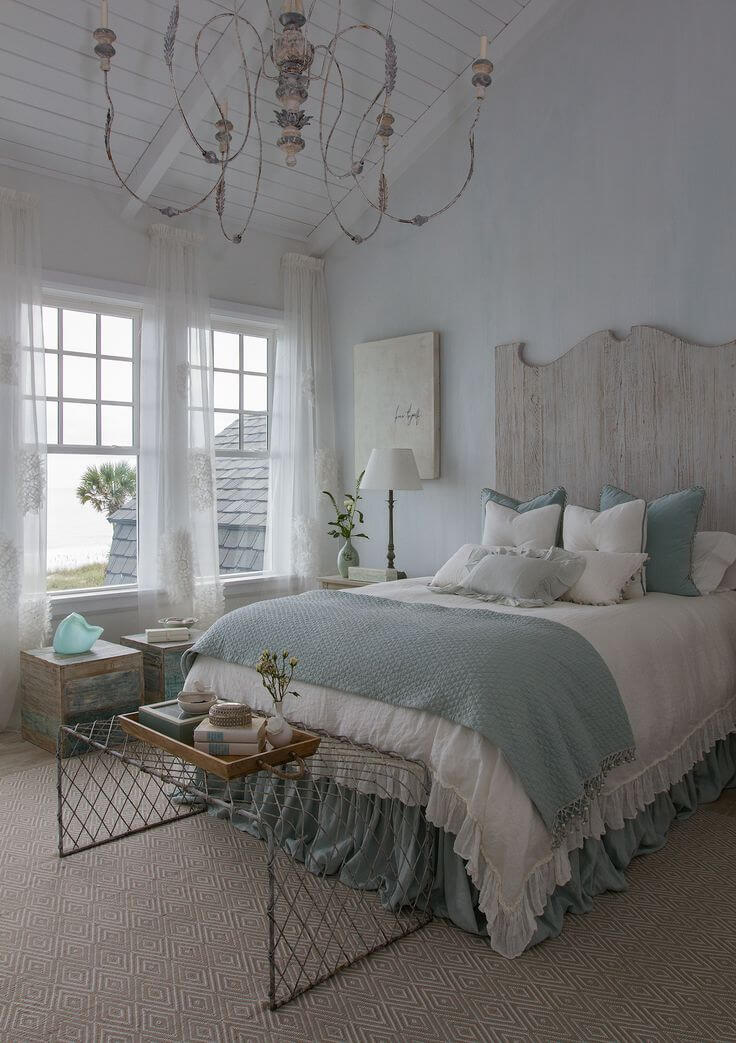 Beach and Coastal Decorating Ideas for the Bedroom