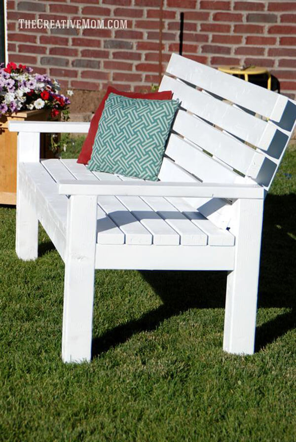 By-The-Seaside Cottage Bench