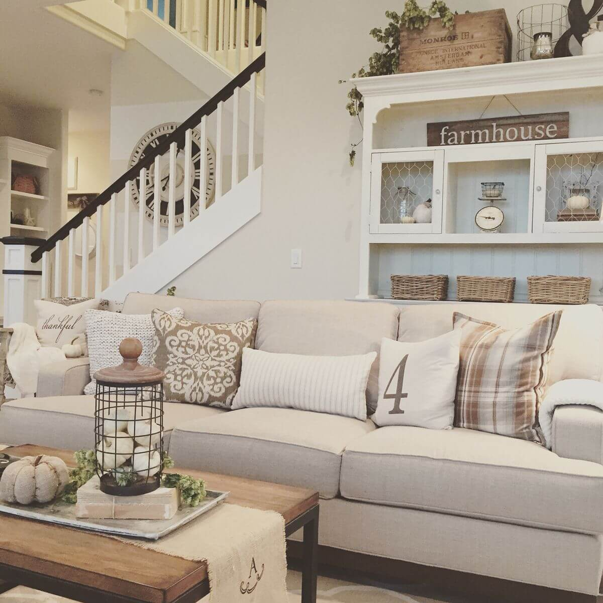 26 farmhouse living room design and decor ideas homebnc - Get Small Farmhouse Living Room Design  Pics