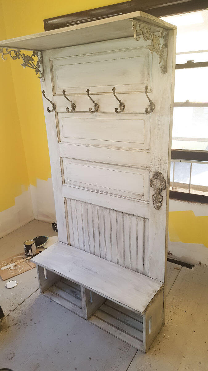 25 best diy entryway bench projects ideas and designs for Idea for old doors