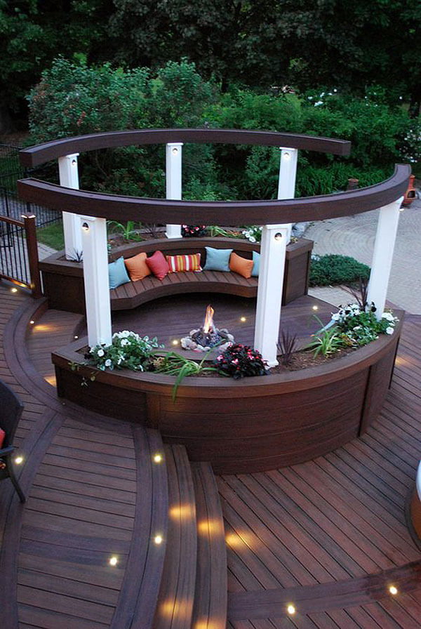 28 best round firepit area ideas and designs for 2018 for Circular garden decking