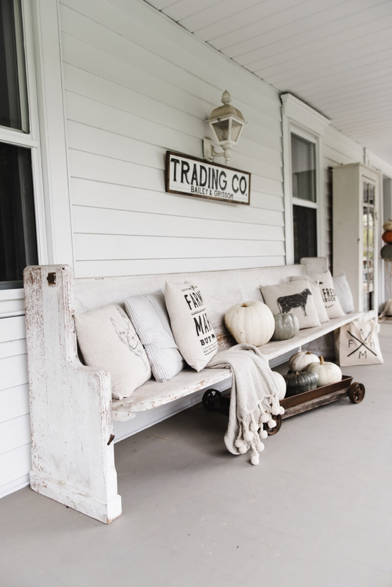 47 best rustic farmhouse porch decor ideas and designs for Home decor website