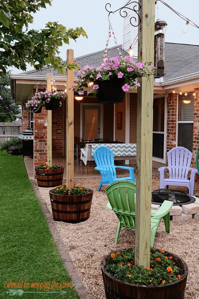 "Picturesque Outdoor Planter ""Lamp Posts"""