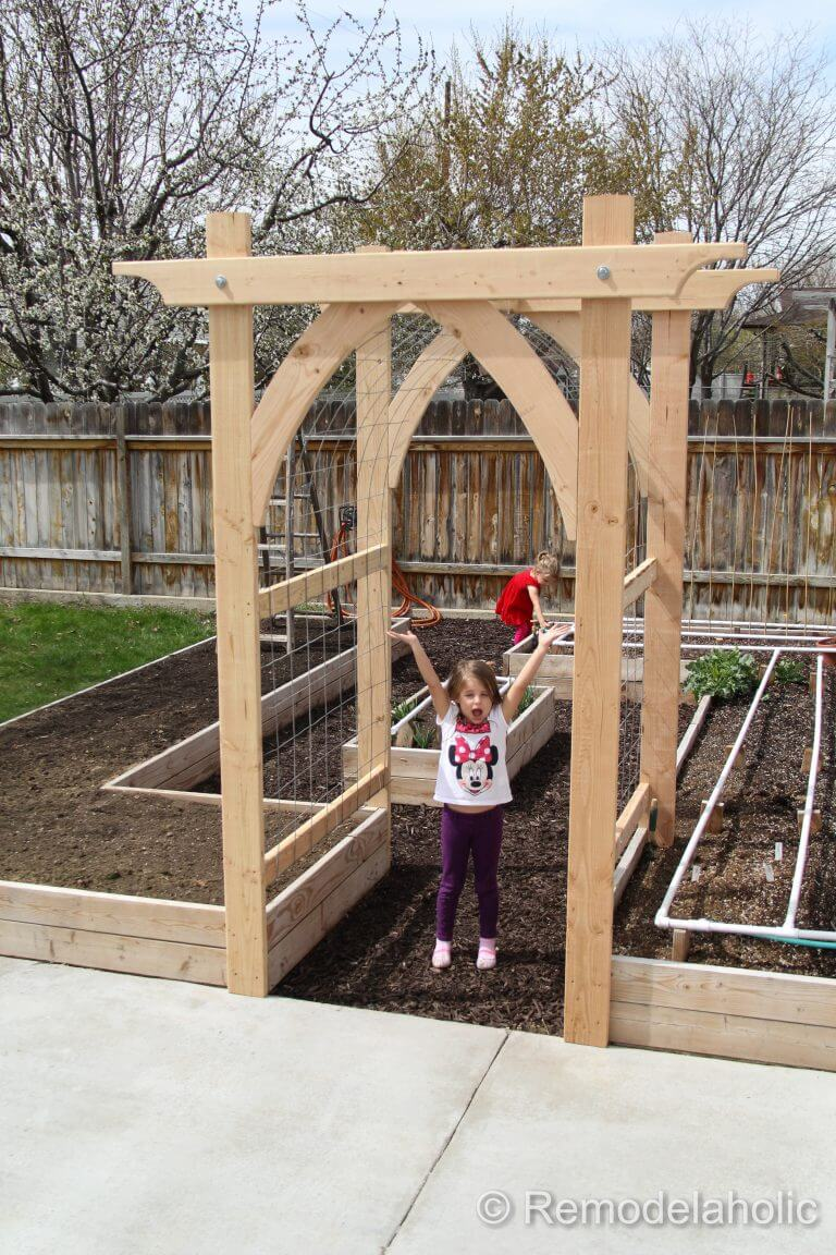 24 best diy garden trellis projects ideas and designs for 2018 - Garden arches design ideas ...