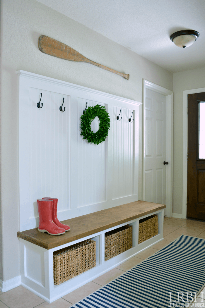 25 best diy entryway bench projects ideas and designs for Best entryway