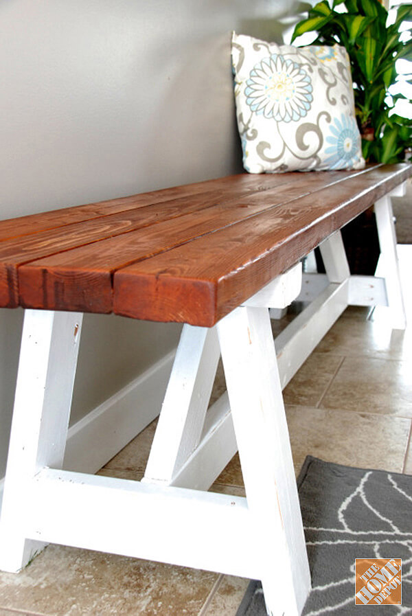 Minimalistic DIY Wooden Entryway Bench