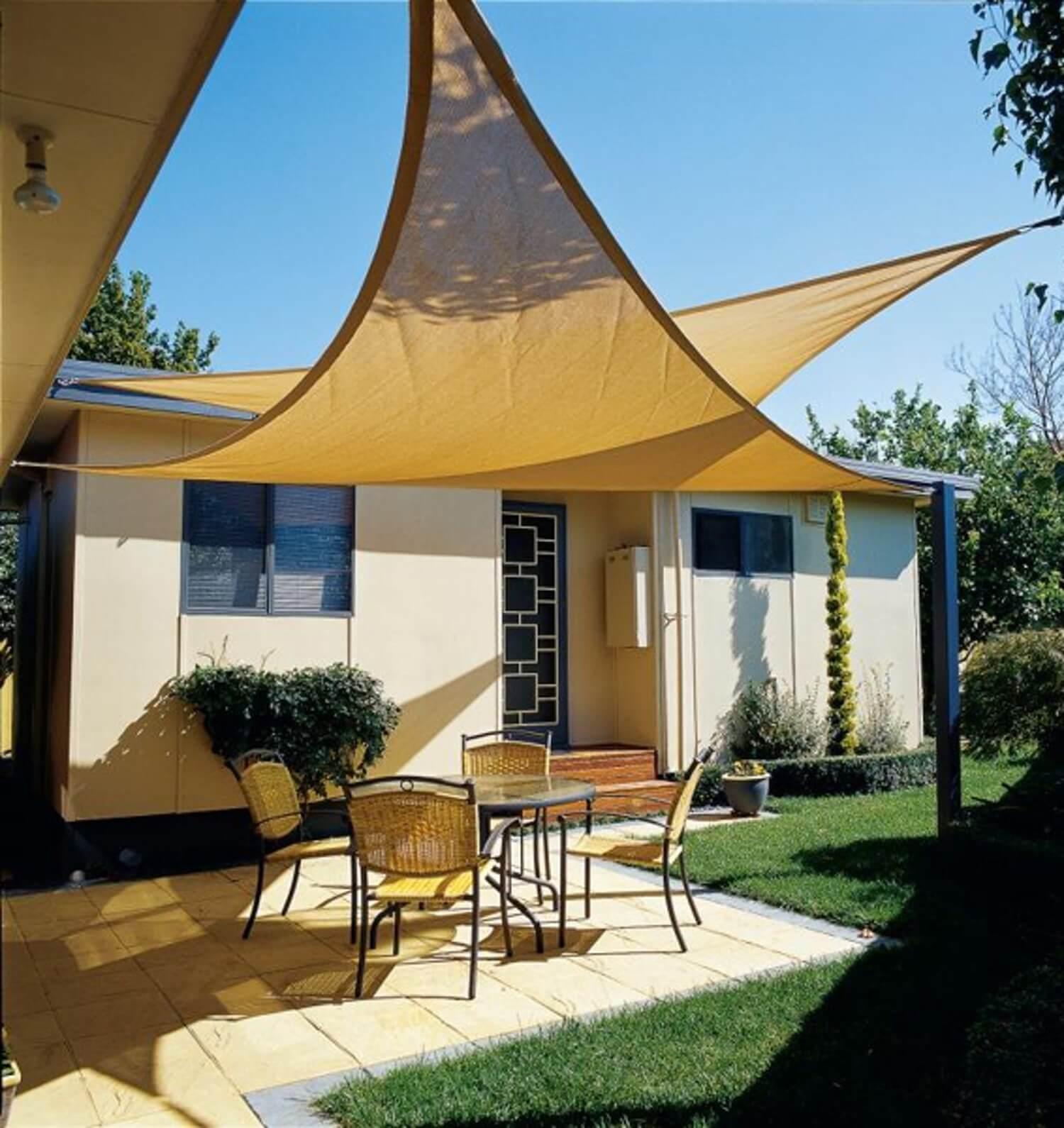22 overlapping backyard sun sails - Inexpensive Patio Shade Ideas
