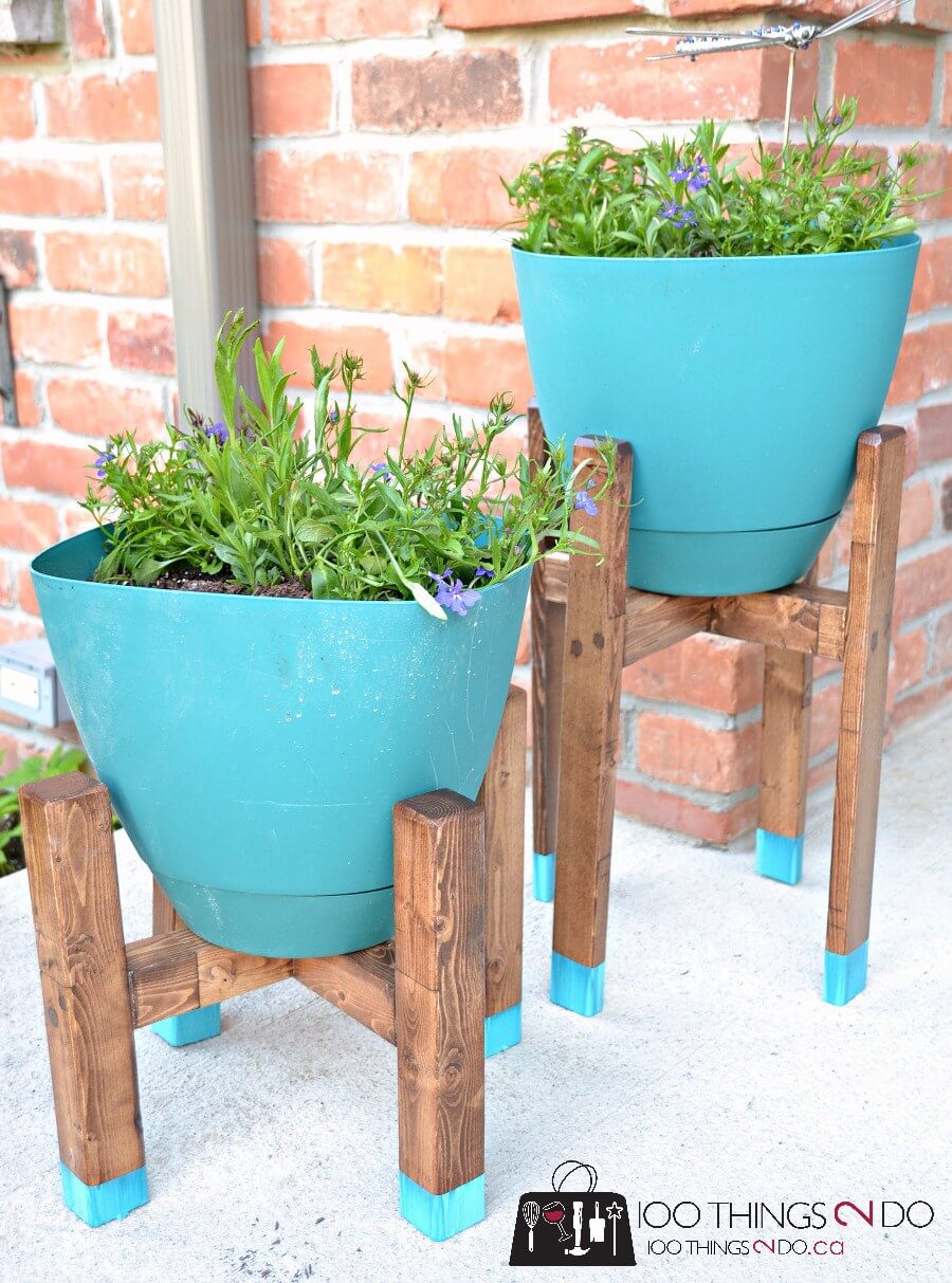 Chic Grecian Urn Style Plant Stands
