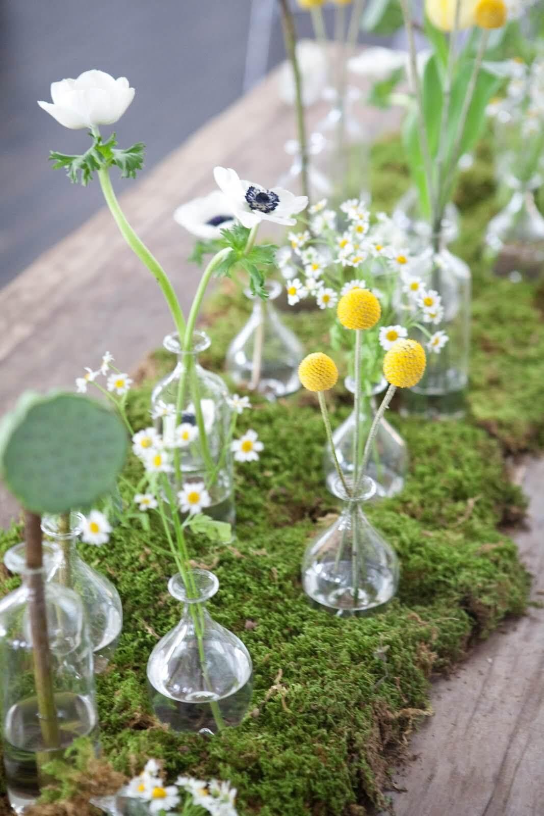 Garden Path Grassy Table Runner with Mini Flower Vases