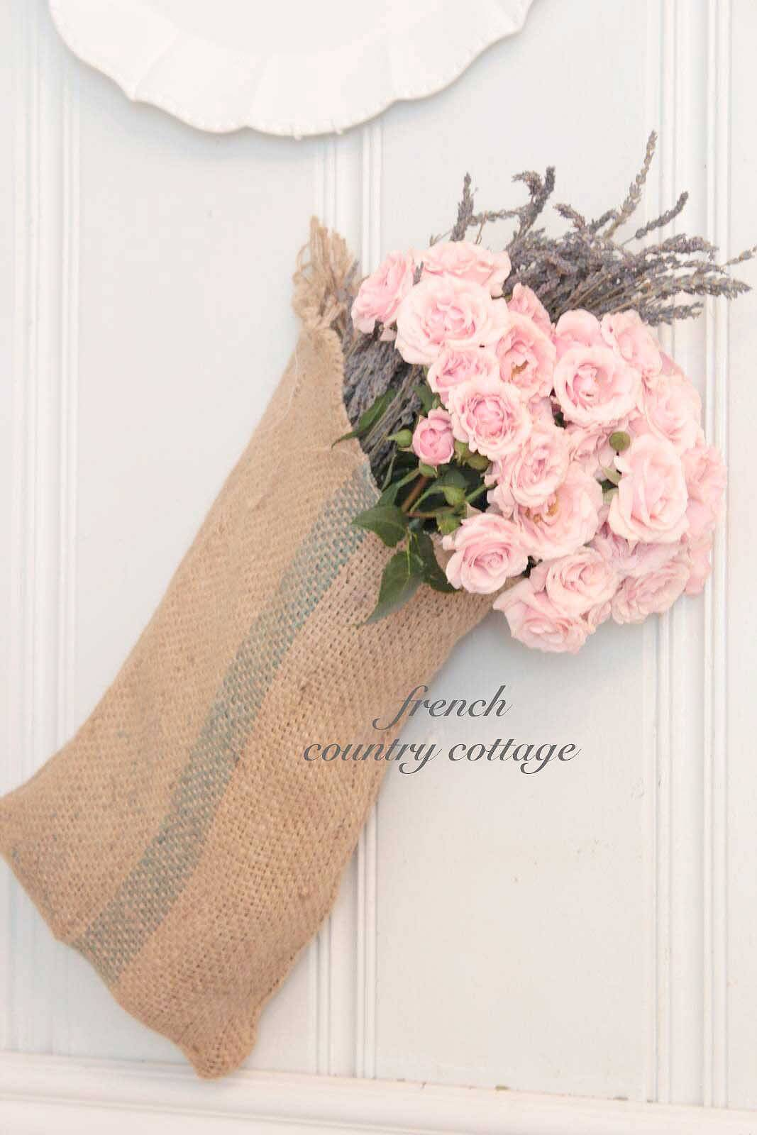 Easy DIY Burlap Sack Bouquet Display