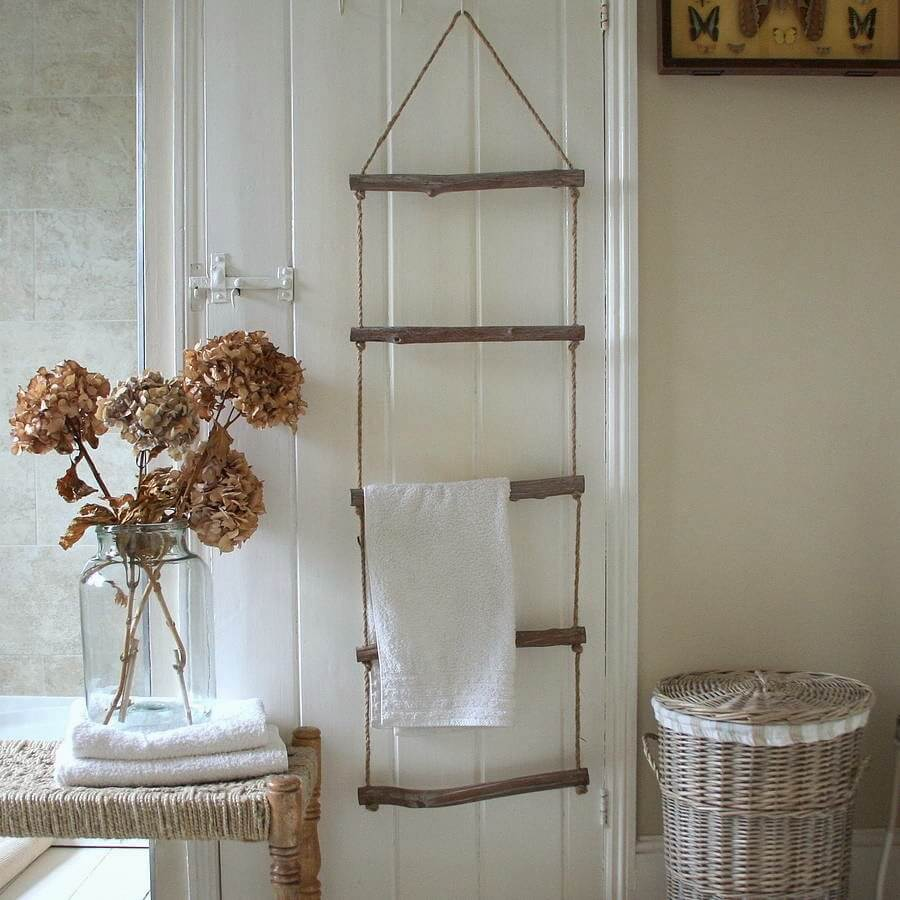 Treehouse Ladder Hanging Towel Display