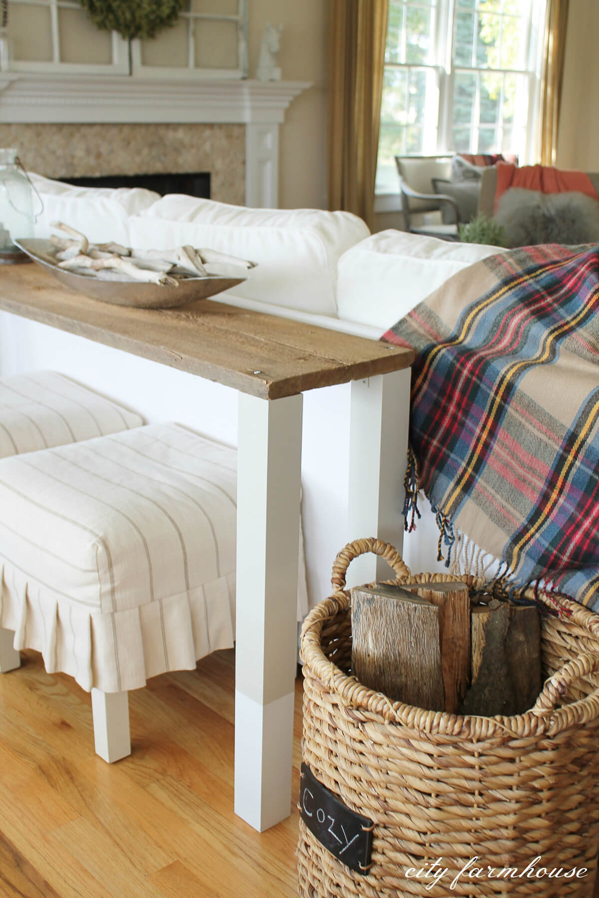 Cozy and Slender Side Table