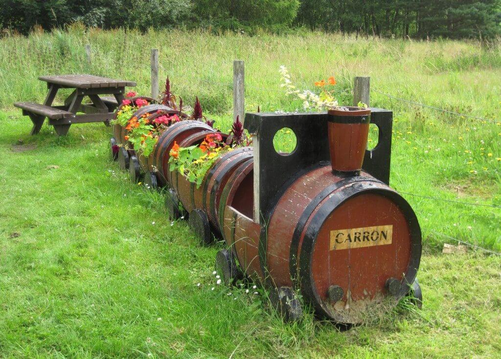 Go West Railroad Barrel Planter