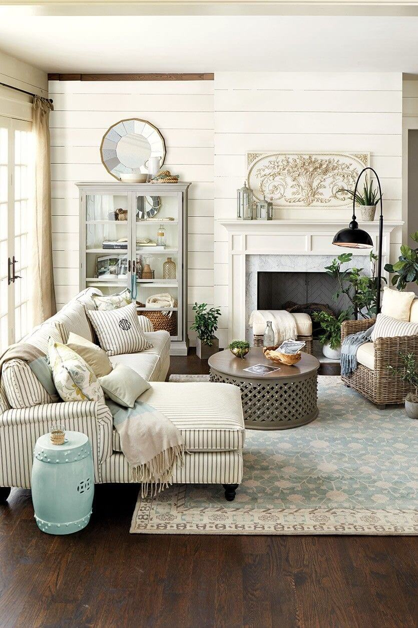 Inviting Livingroom with Striped Linen Couch