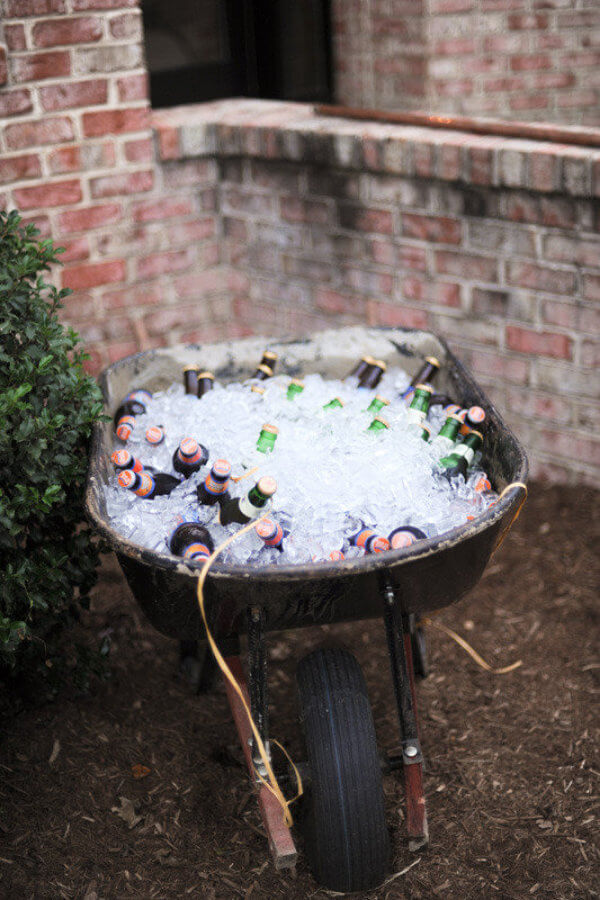 An Icy Wheelbarrow to Keep You Cool