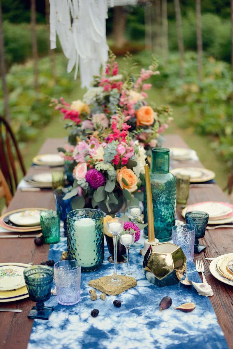 Abundant Bouquets with Eucalyptus Table Decor