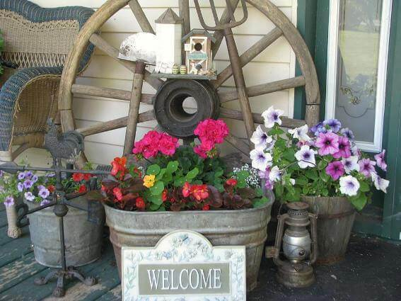 Rustic Farmhouse Galvanized Tub Planter