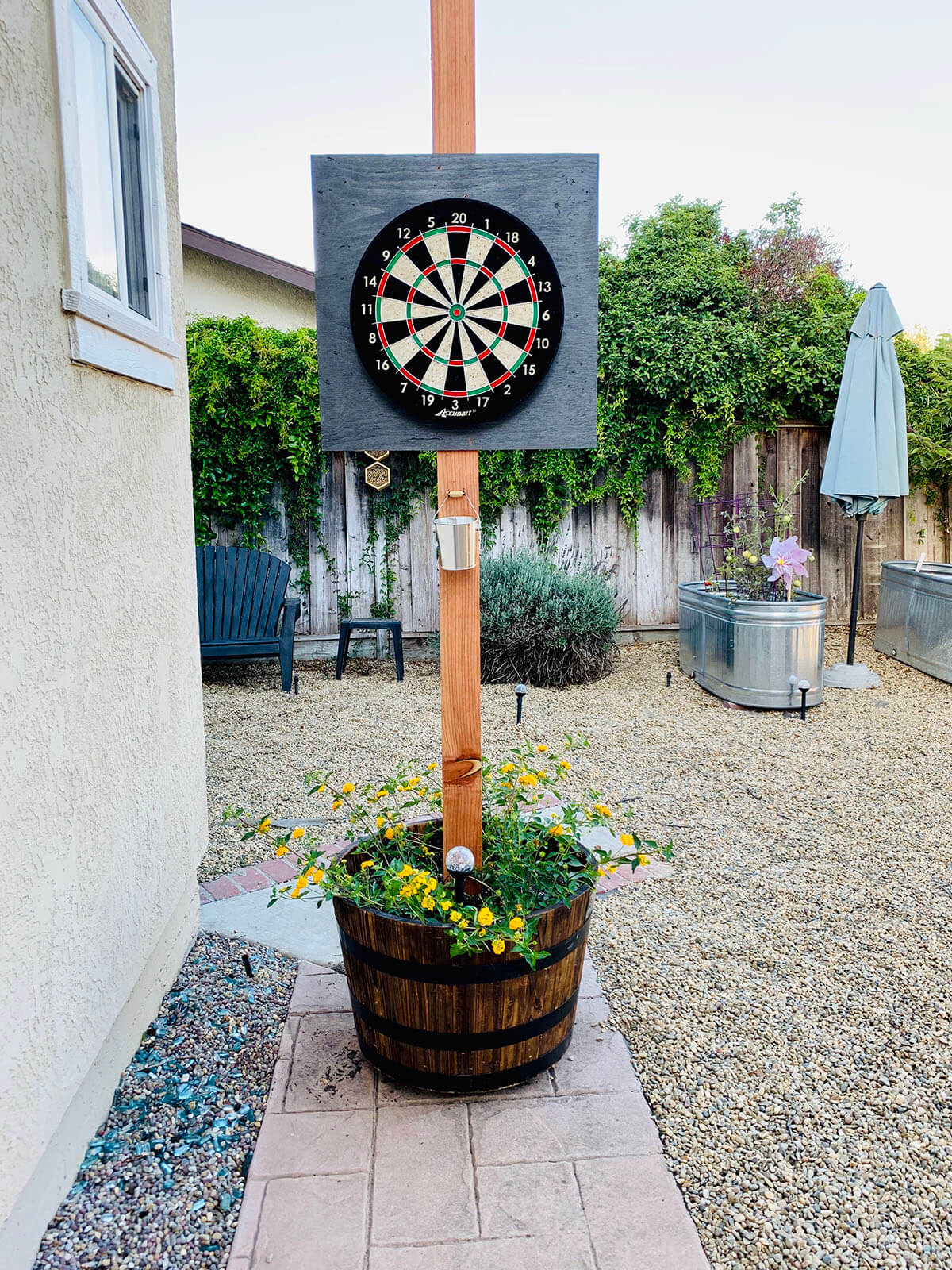 Rolling Potted Plant Dartboard Stand