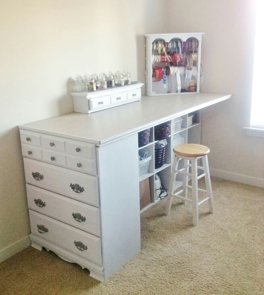 Extended Chest-To-Desk Corner Counter