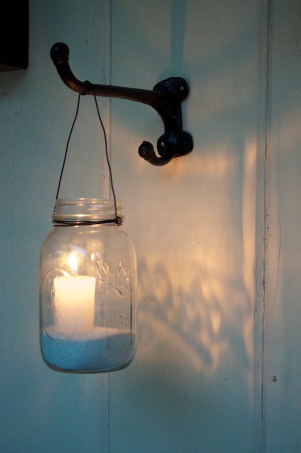Simple Mason Jar Candle Lanterns are a Classic Choice