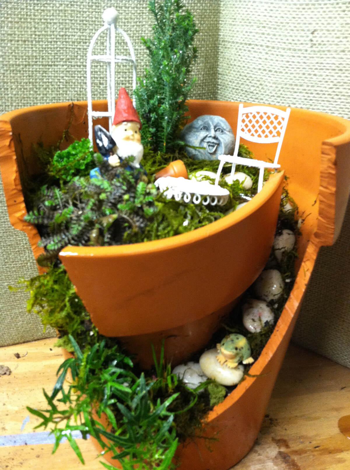 Broken Pot Garden for Gnomes
