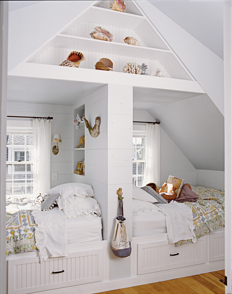 5. Two Bed Loft With Seashell Accents