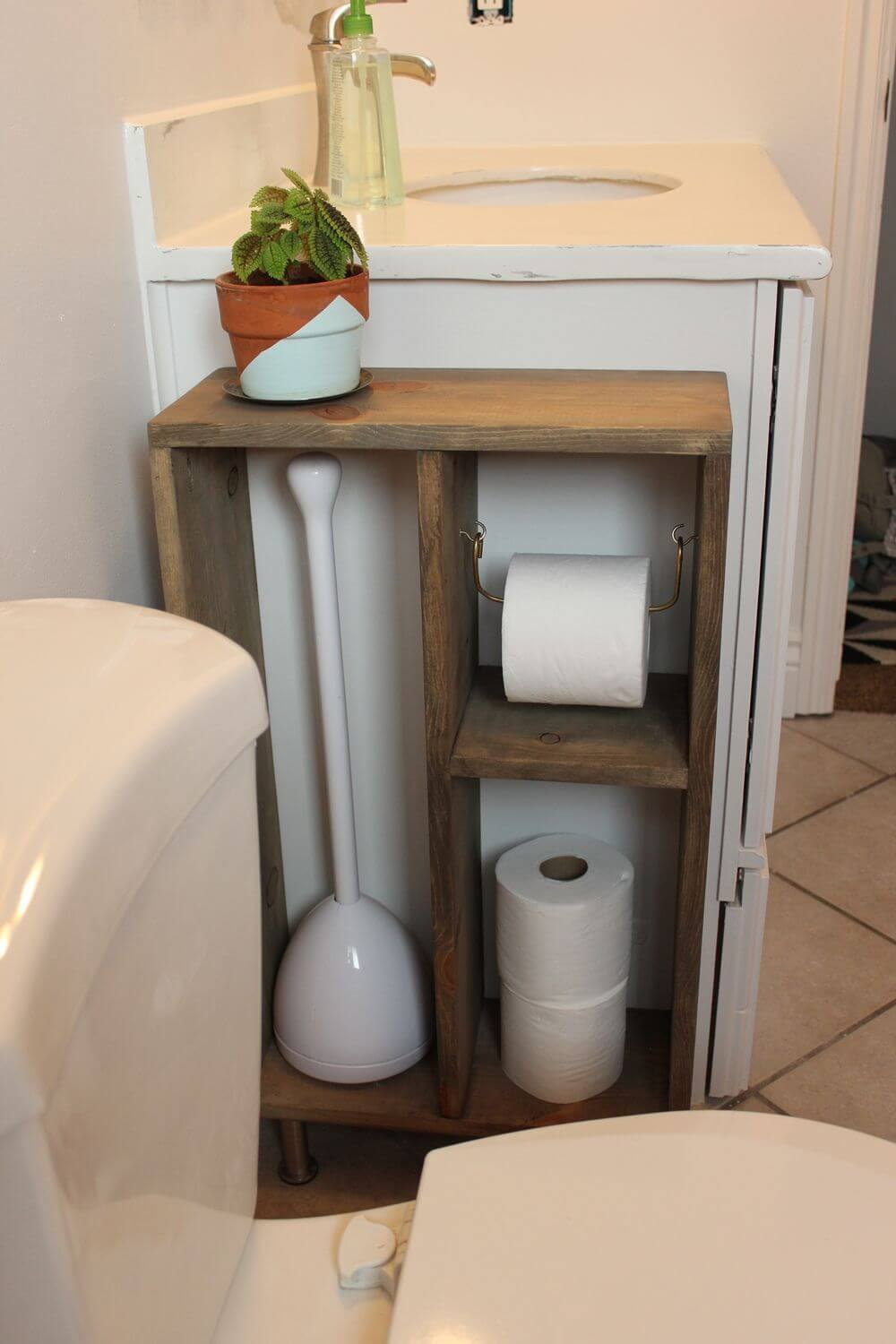 Space Saving Pallet Projects For Your Bathroom