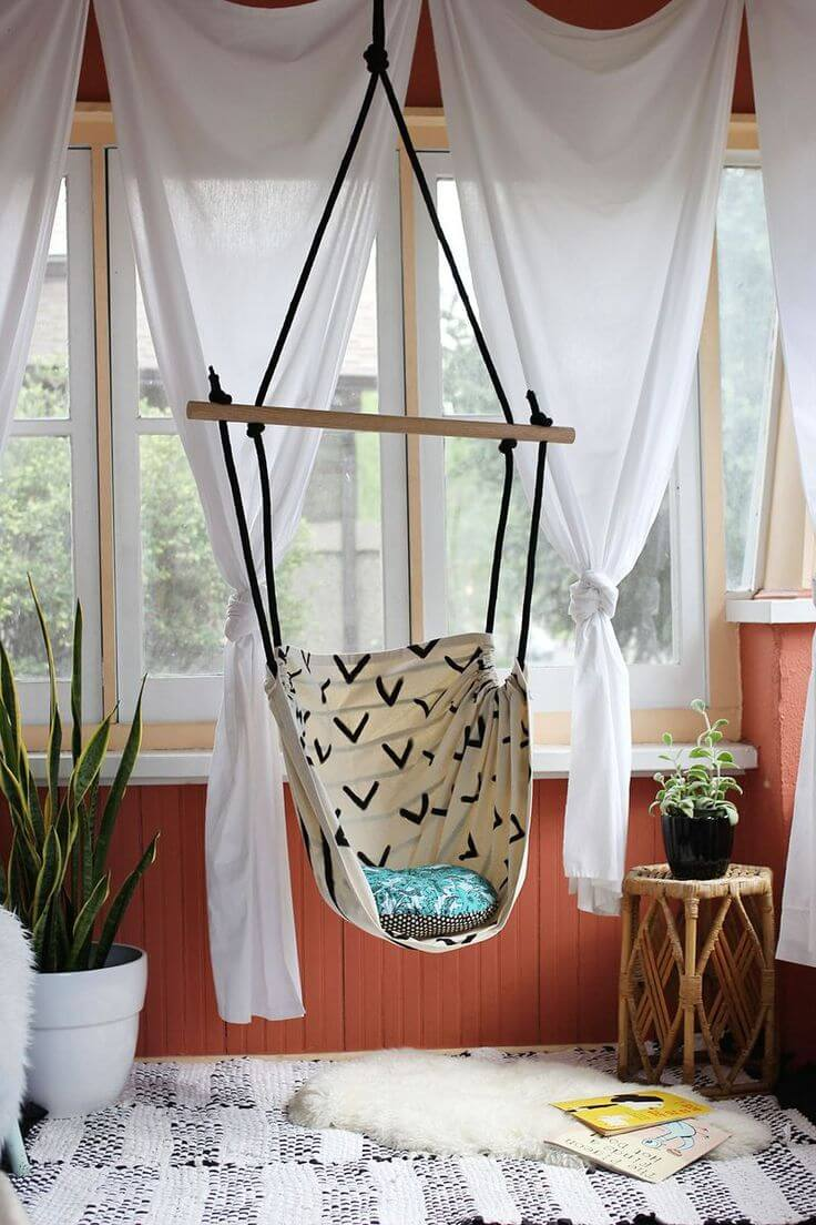 Rope Ladder Suspended Sailor Swing