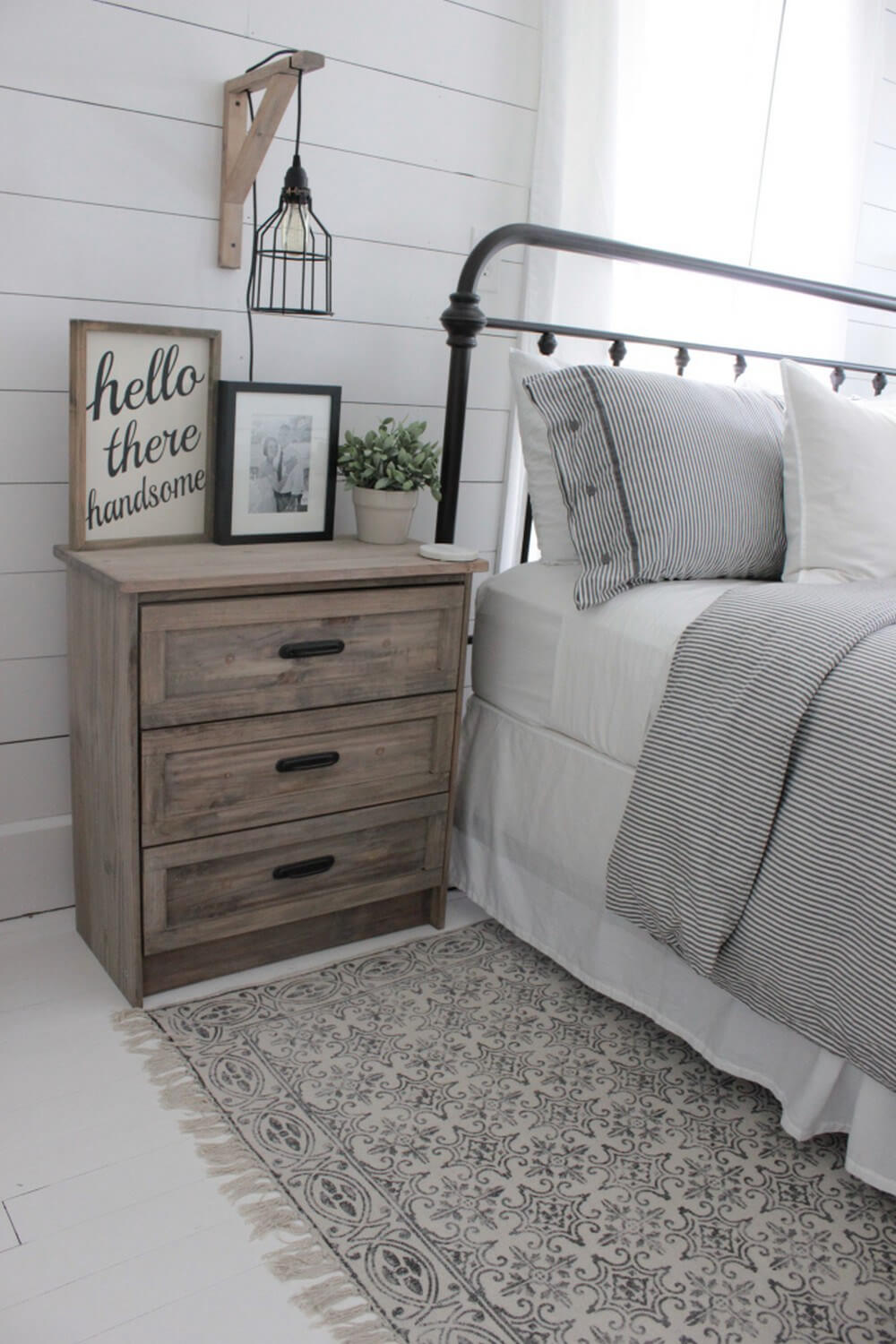 Https Homebnc Com Best Rustic Farmhouse Interior Design Ideas Farmhouseinterior: 39 Best Farmhouse Bedroom Design And Decor Ideas For 2020