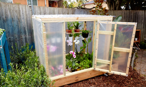 A Gardening Cart with Hanging Space