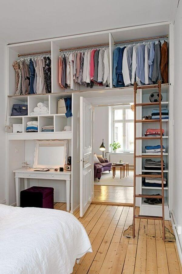Elegant 36. The Walls Become Your Closet
