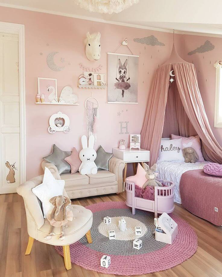 Animals and Pinks are Little Girl Faves