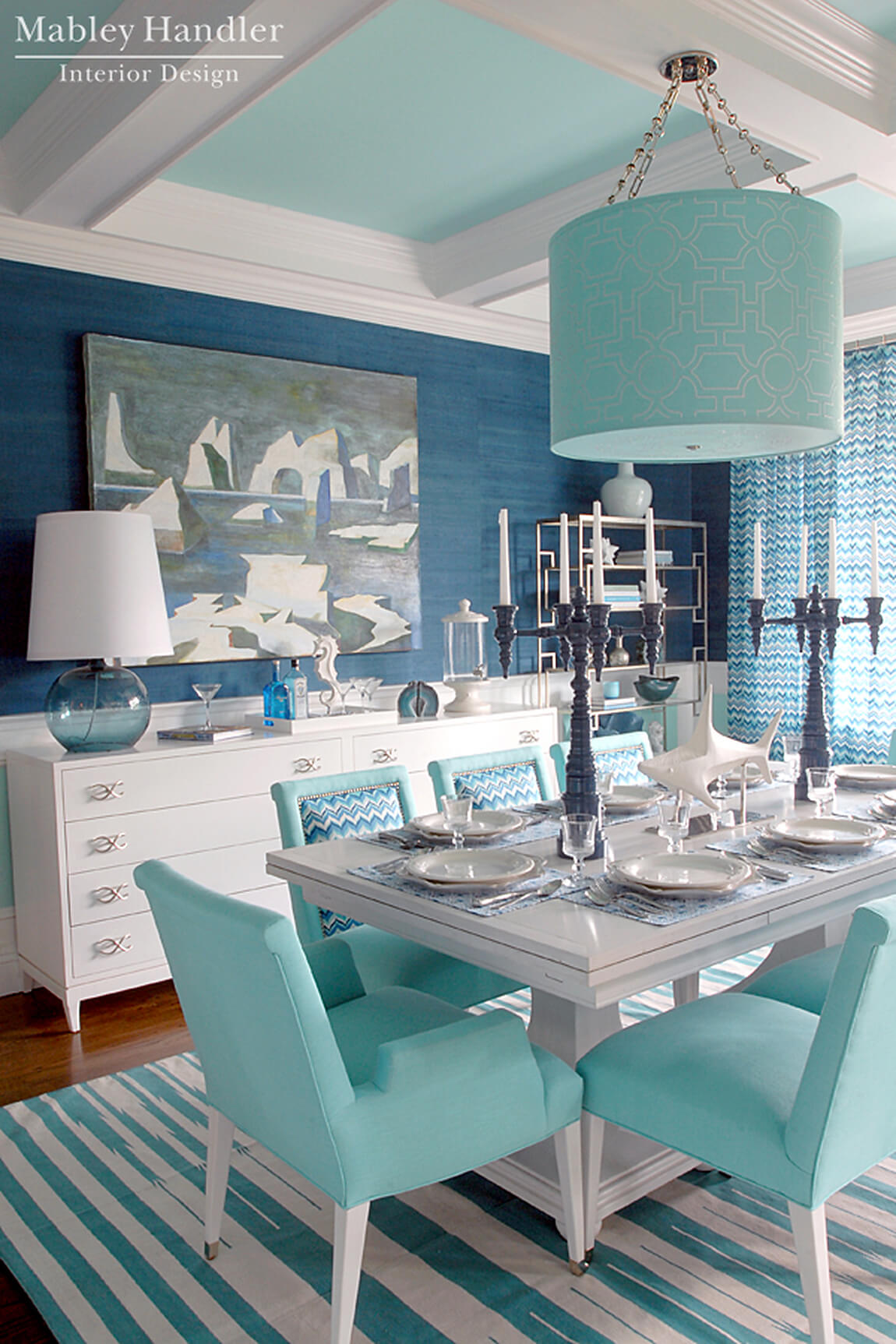 1. Cool Sea Blues Compliment Your Dining Space