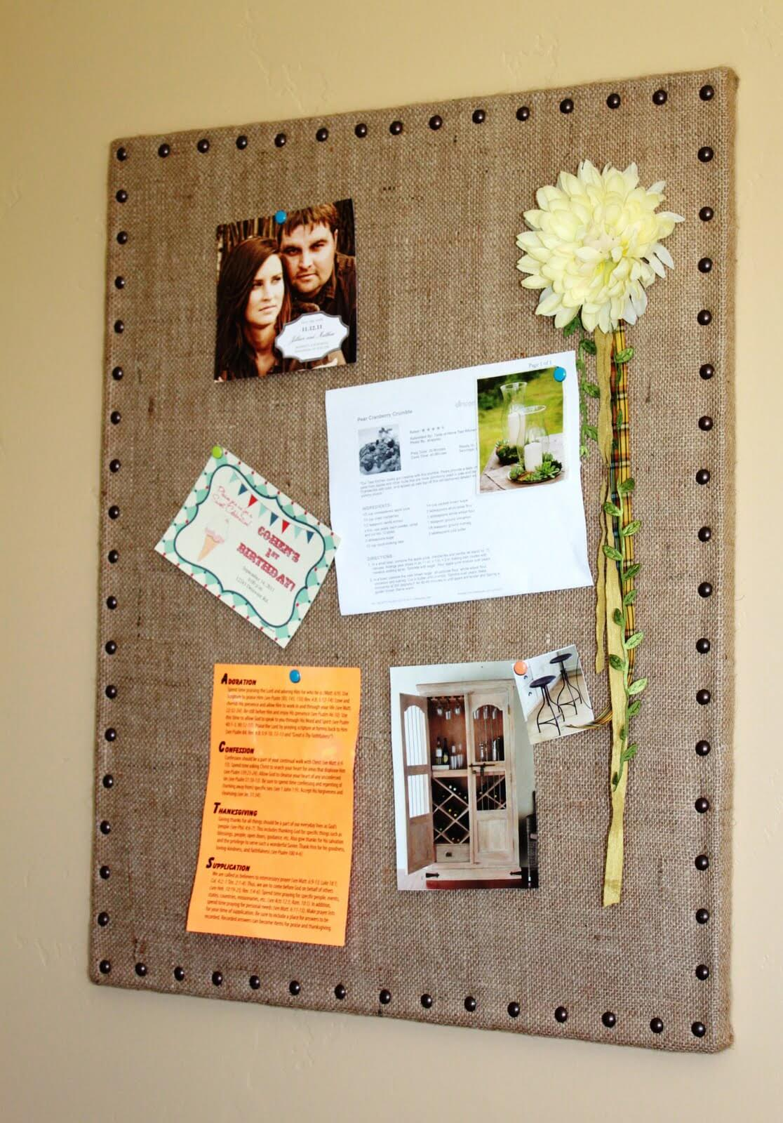 """Don't Forget"" DIY Burlap Pin Board"