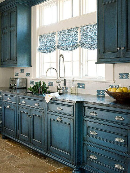 15. Antique Blue Wood Finish Is A Classic Look