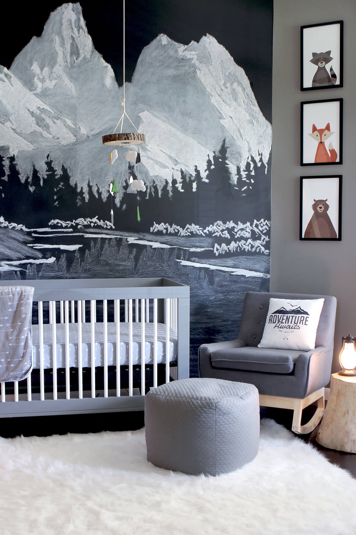 Bring the Outdoors Inside With a Larger-than-Life Mural
